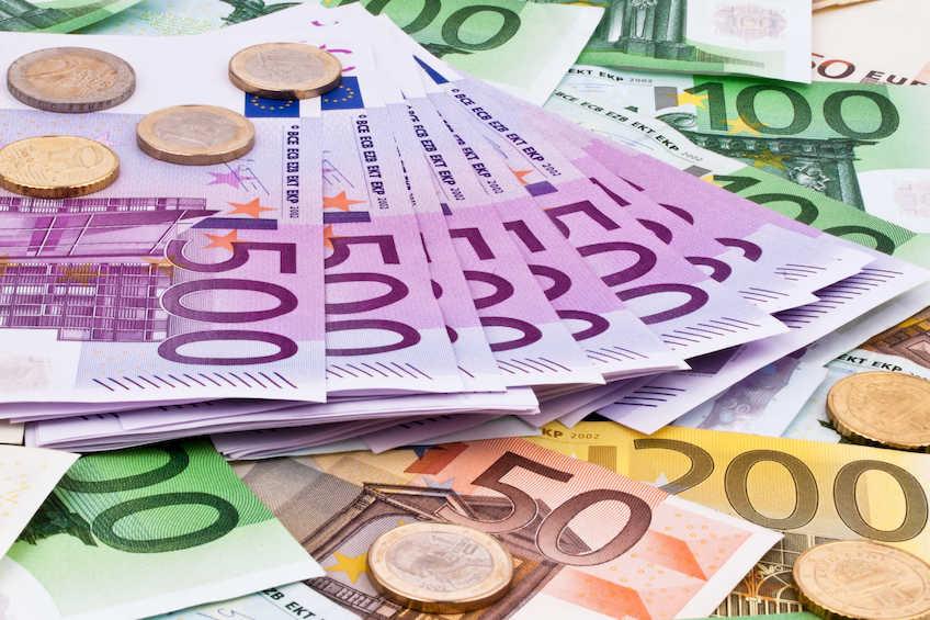 Il dibattito sull'uscita dall'euro si arricchisce di un competente contributo: Come si esce dall'euro.