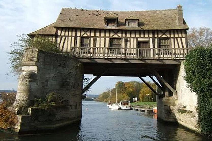 abusi-edilizi-casa-ponte